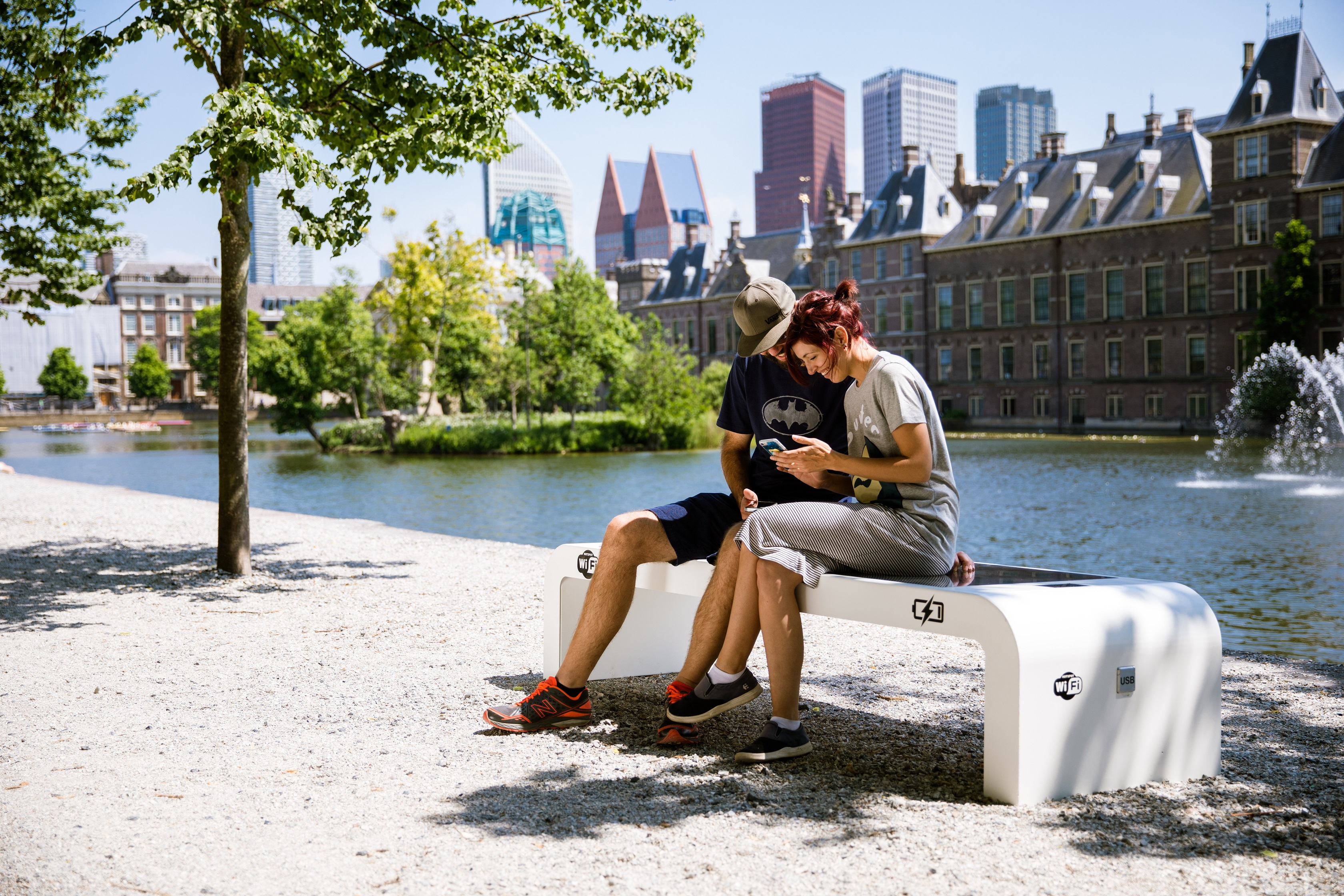 solar-bench-side-view-3